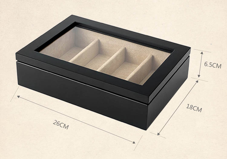 Lacquer wood display box with 4 compartments